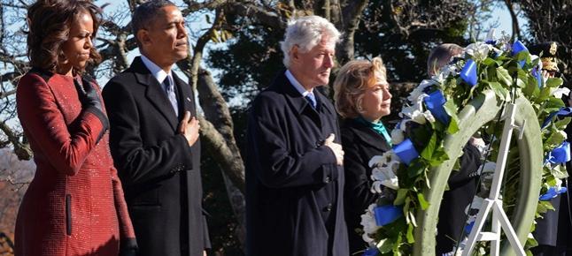 Obama y Clinton, ante la tumba