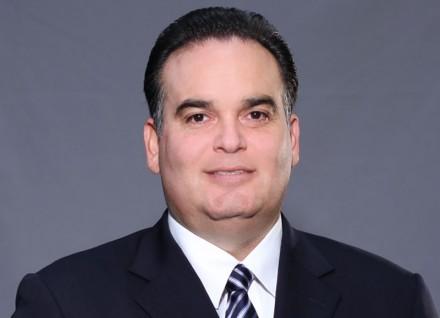 Alfredo Rodríguez Dávila discrimina a pobres