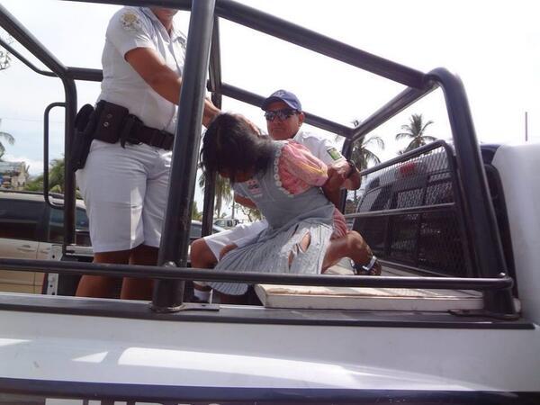 niña-indígena-detenida-por-policías-de-acapulco2